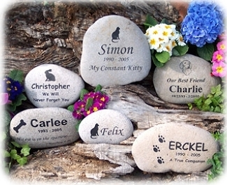 River Rock Memorial by 4everinmyheart.com