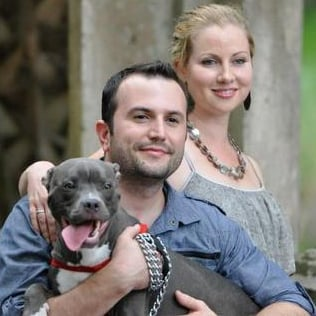 Community steps up after couple uses dream wedding fund to save dog