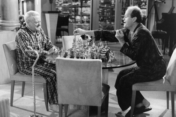 "FRASIER -- ""Chess Pains"" Episode 18 -- Pictured: (l-r) John Mahoney as Martin Crane, Kelsey Grammer as Dr. Frasier Crane -- Photo by: NBCU Photo Bank"