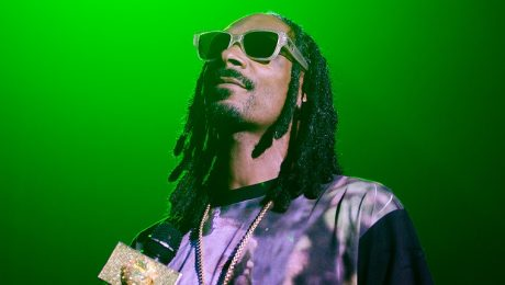 Snoop Dogg And Many Others Offer To Adopt Abandoned Dog Named Snoop